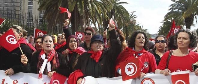 (Image d'archives) Défilé de femmes à Tunis, le 8 mars 2014.