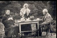 Couple d'Inis Oirr prenant le thé.