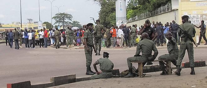 Des législatives sous forte tension au Congo où les forces de sécurité ont joué leur rôle face à une population à cran.