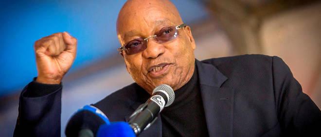 Le président sud-africain Jacob Zuma a survécu à une quatrième motion de censure.