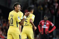 Avec un but et une passe décisive, Neymar est le grand artisan de la victoire parisienne.  ©JEAN-SEBASTIEN EVRARD