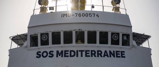 Dimanche soir, le bateau affrété par MSF était le seul navire humanitaire a être resté au large des côtes libyennes.
