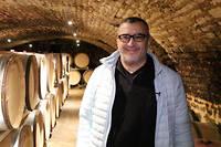 Né au Liban il y a pile 50 ans, Mounir Sawma produit ses propres vins, avec sa femme à Beaune, en Côte d'Or. ©Pauline Tissot