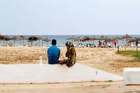 Une plage à Hammamet en 2015. À part les Français, les touristes étrangers ont fui. ©Paul Schemm/AP/SIPA