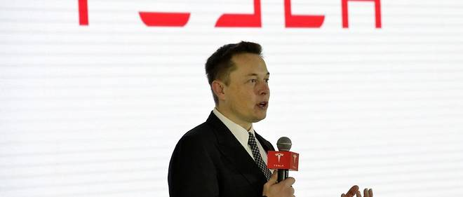 Elon Musk alerte regulierement sur les dangers de l'intelligence artificielle.