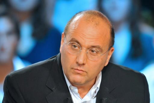 Julien Dray (PS), sur le plateau d'une émission de Canal+, le 9 septembre 2009 à Paris  © LIONEL BONAVENTURE AFP/Archives