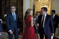 Le président avec Alexis Kohler, secrétaire général de l'Élysée, Nicole Belloubet, garde des Sceaux, Florence Parly, ministre des Armées, et Ismaël Emelien, son conseiller spécial.