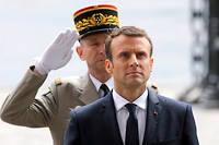 Emmanuel Macron et le général Pierre de Villiers, ancien chef d'état-major des armées. ©MICHEL EULER