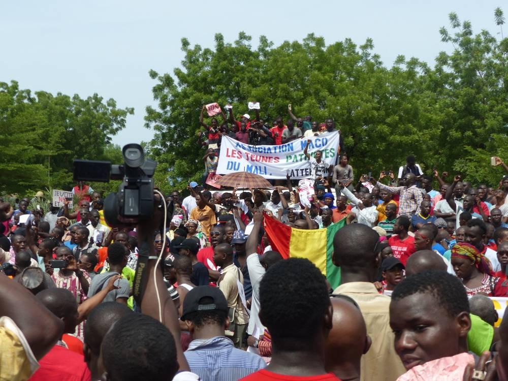 Les Maliens ont manifesté samedi, 1er juillet à Bamako contre le projet de révision de la Constitution. ©  Maliactu