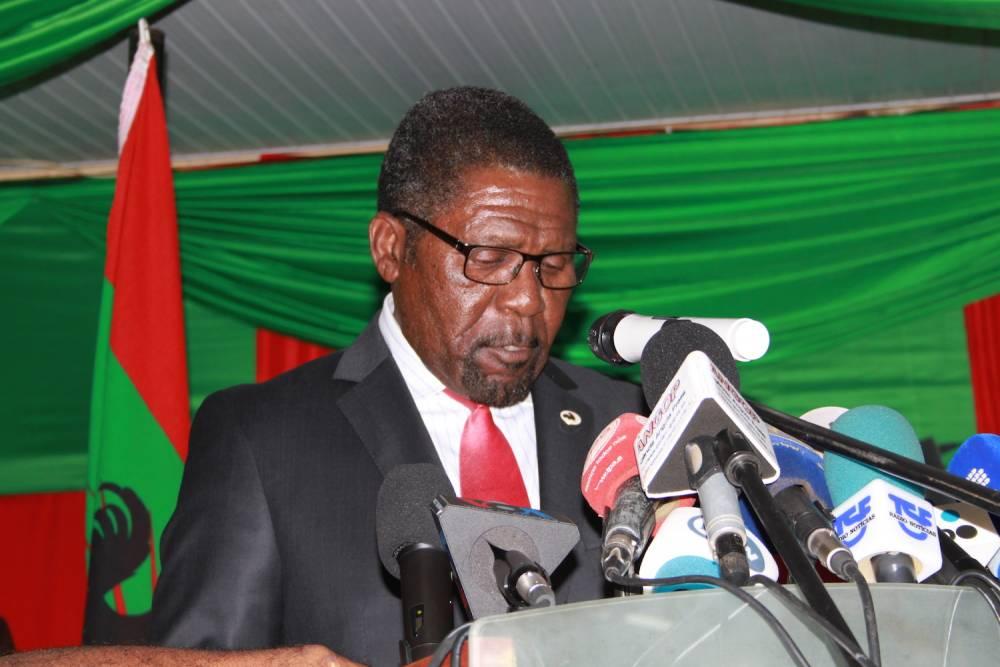 En conférence de presse, Isaïas Samakuva, le président de l'UNITA a réclamé que soit publiés tous les chiffres des élections.  ©  Muriel Devey Malu-Malu