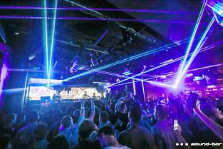 Une soirée au Sound Bar, à Chicago, l'un des deux clubs équipés de Dolby Atmos for Music.
