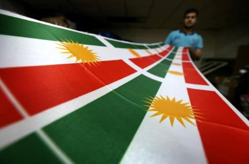 Le drapeau du Kurdistan, à Erbil, capitale du Kurdistan irakien, le 8 juin 2017 © SAFIN HAMED AFP