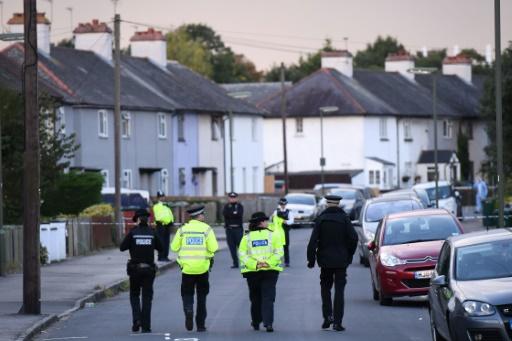 Policiers à Sunbury dans le Surrey près de Londres le 16 septembre 2017 © Chris J Ratcliffe AFP