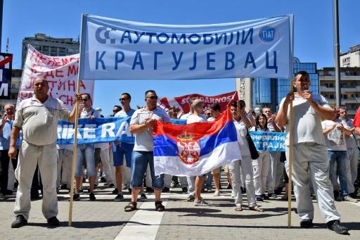Grève dans une usine Fiat à Kragujevac, en Serbie, le 14 juillet 2017 © NEBOJSA RAUS AFP