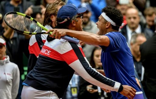 Jo-Wilfried Tsonga envoie la France en finale de la Coupe Davis en dominant le Serbe Lajovic, le 17 septembre 2017 à Villeneuve-d'Ascq © PHILIPPE HUGUEN AFP