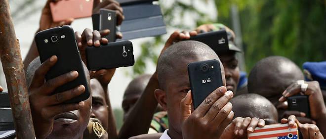 La population de l'Afrique devrait doubler d'ici à 2050, quadrupler d'ici à 2100 (étude).