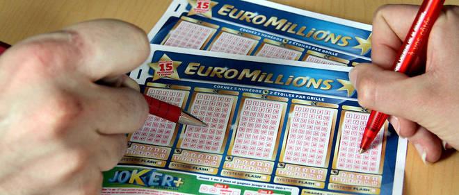 Une famille remporte 28 millions d'euros à l'Euromillions.