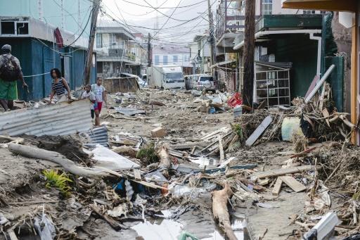 Un quartier de Roseau, à la Dominique, ravagé par le cyclone Maria, le 22 septembre 2017   © Lionel CHAMOISEAU AFP