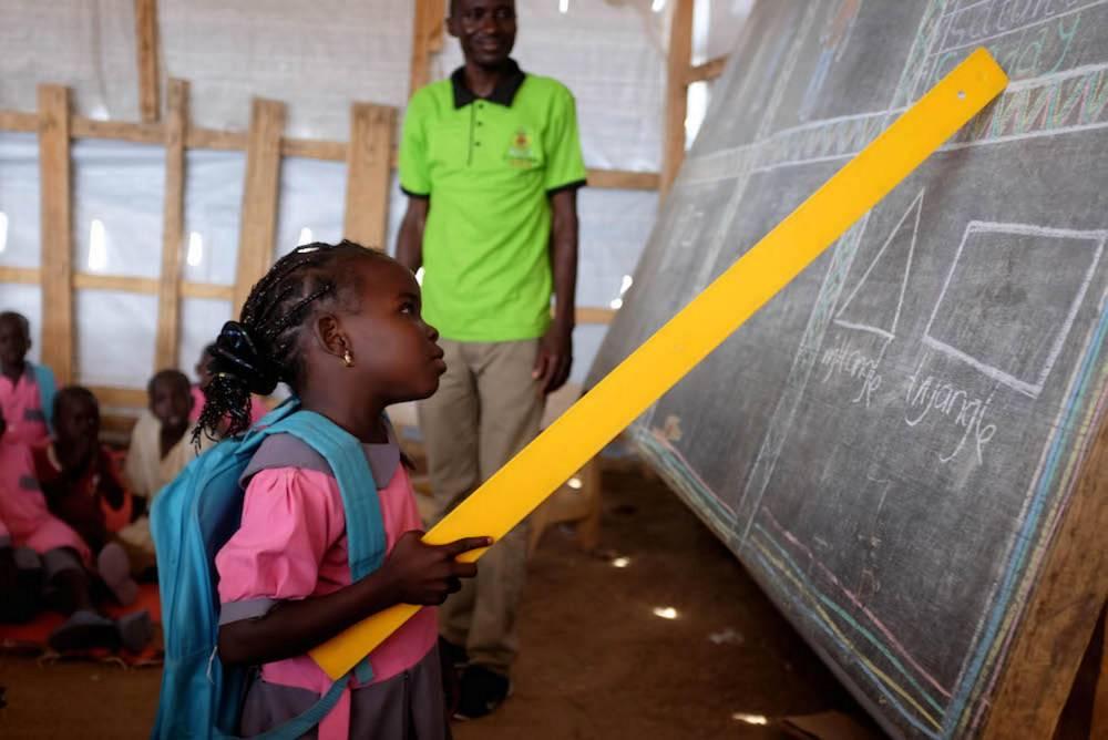 Avec la rentrée des classes, les enfants refugiés ont aussi pris le chemin de l'école.  ©  Xavier Bourgois/UNHCR
