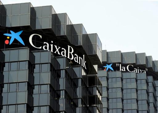Le siège de CaixaBank à Barcelone. La banque catalane a souffert ces derniers jours sur les marchés financiers © LLUIS GENE AFP/Archives