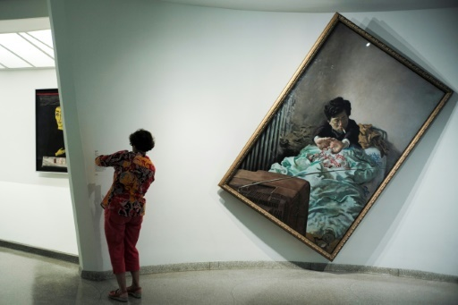 """Une oeuvre de l'exposition """"Art and China after 1989: Theatre of the World"""" au Guggenheim de New York, le 5 octobre 2017  © Jewel SAMAD AFP"""