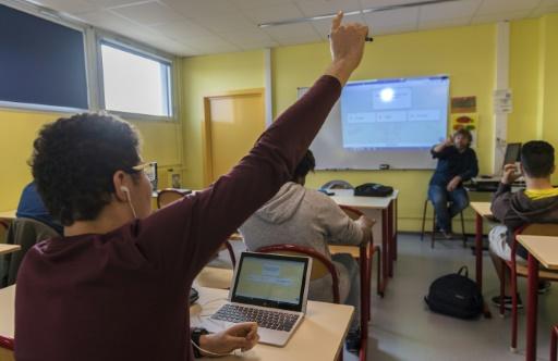"""Lancé en mars par la région Grand Est, le plan """"Lycées 4.0"""" entend """"proposer à la jeunesse des conditions de travail modernes et adaptées"""". © PATRICK HERTZOG AFP"""