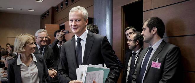 La réforme prévoit de transformer l'ISF en IFI pour exempter de taxes les valeurs mobilières et les placements.