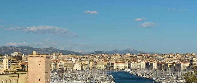 «Il faudrait faire en sorte que les deux grands ports nationaux que sont Marseille (photo) et LeHavre puissent concurrencer les ports d'Europe du Nord», estime Christian Buchet.