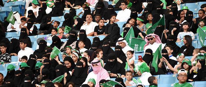 Le 23 septembre dernier, les femmes avaient exceptionnellement été autorisées à célébrer la fête nationale dans le stade de Riyad.