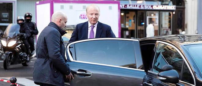 Le chauffeur de Brice Hortefeux a expliqué qu'en plus du ministre il devait régulièrement transporter sa mère, son épouse ou ses trois enfants.
