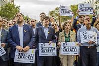 Les députés catalans du parti indépendantiste, ici le 21 octobre, lors d'une manifestation en faveur de l'indépendance, sont poursuivis par l'État espagnol.
