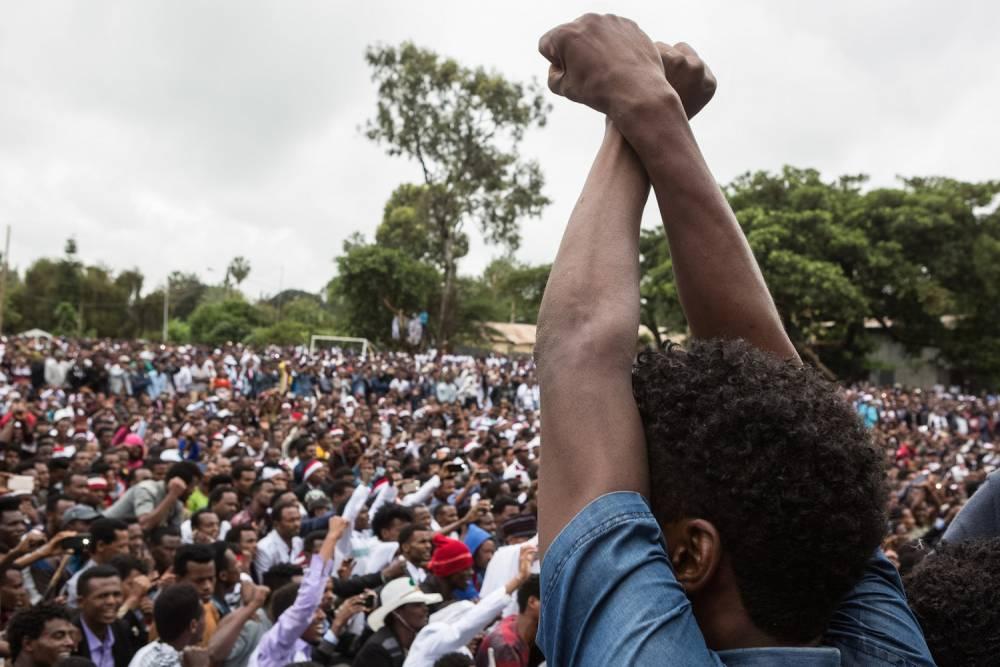 Manifestation lors du festival Oromo, le 1ᵉʳ octobre, à Bishoftu (Éthiopie).  ©  Zacharias Abubeker/AFP