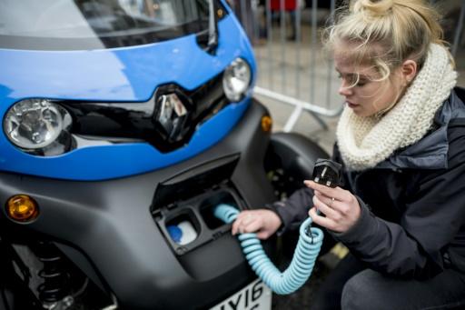 Une Renault électrique présentée au Regent Street Motor Show à Londres, le 4 novembre 2017 © TOLGA AKMEN AFP
