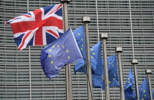 Brexit: un accord de divorce, mais avec des questions en suspens