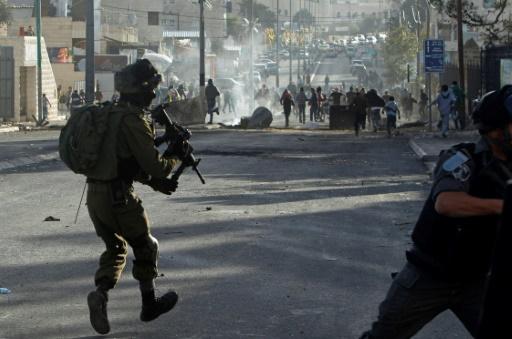Heurts entre Palestiniens et forces israéliennes à Bethléem en Cisjordanie occupée le 10 décembre 2017 © Musa AL SHAER AFP