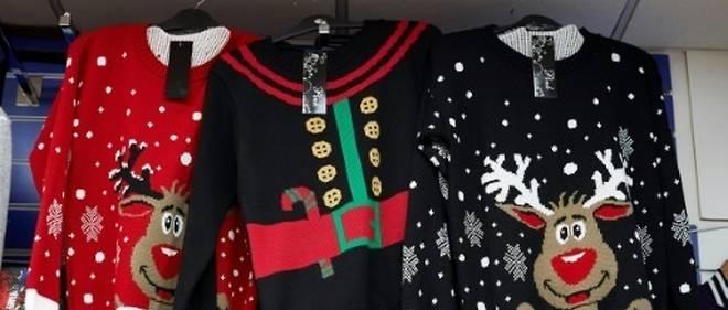 Noël De Point Attention YeuxLe Les Pull Moche Débarque De9EIYWH2