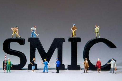 Le Smic Augmentera De 35 Euros En 2018 En Deux étapes Le
