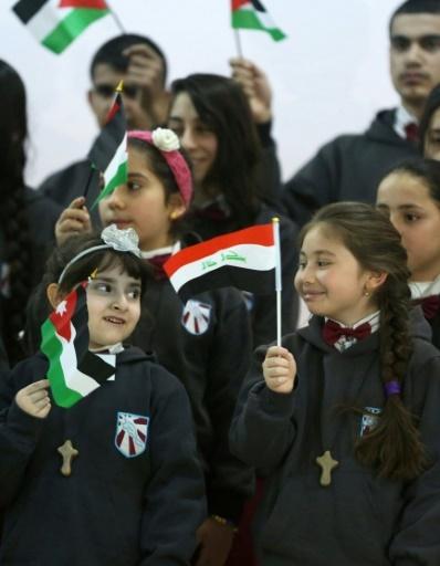 Des écolières chrétiennes irakiennes dans l'école de l'église latine d'un quartier de la capitale jordanienne Amman, le 12 décembre 2017 © KHALIL MAZRAAWI AFP