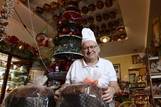 Angelo Bernasconi, le propriétaire de la patisserie San Gregorio le 6 décembre à Milan, où sera présenté le plus grand panettone du monde © MIGUEL MEDINA AFP