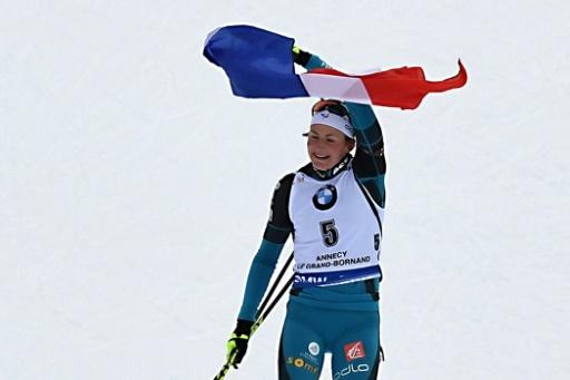 Justine Braisaz remporte sa première course en Coupe du monde de biathlon, la mass start du Grand-Bornand (Haute-Savoie, le 17 décembre 2017 © JEAN-PIERRE CLATOT AFP