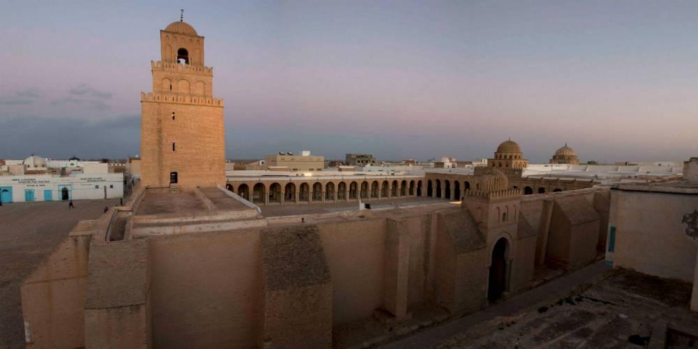 La Grande mosquée de Kairouan est considérée comme l'une des trois portes du paradis par les musulmans, avec La Mecque et le mosquée Al Aqsa de Jérusalem. ©  Ruben Ramos Blanco