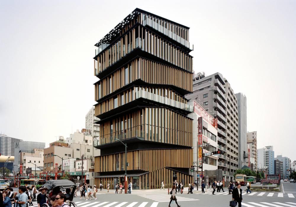 Kengo Kuma Asakusa culture tourist information center, Tokyo, 2012 ©   ©Kengo Kuma © Takeshi Yamagishi