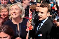 Marine Le Pen et Emmanuel Macron à l'usine Whirlpool d'Amiens.