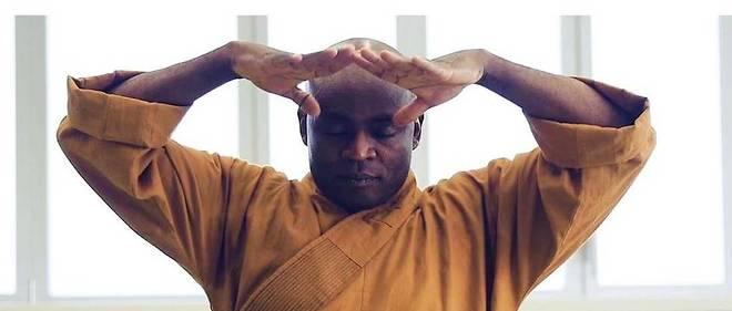 Dominique Saatenang est le premier maître Shaolin africain de l'histoire du kung-fu.