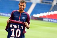 Neymar a posé ses valises à Paris au début du mois d'août 2017.  ©James Marsh/BPI/Shutter/SIPA