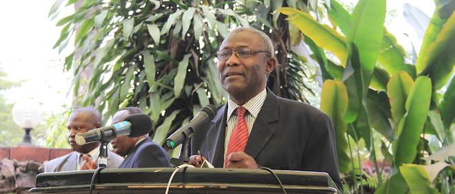 L'historien, juriste et diplomate congolaisJérôme Ollandet est décéde dans la nuit du 10 au 11 décembre 2017 à Évreux en France.