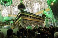 Le tombeau de l'imam Reza (né en 766), où se pressent chaque année 20 millions de fidèles.  ©Ali KAVEH/REA pour « Le Point »