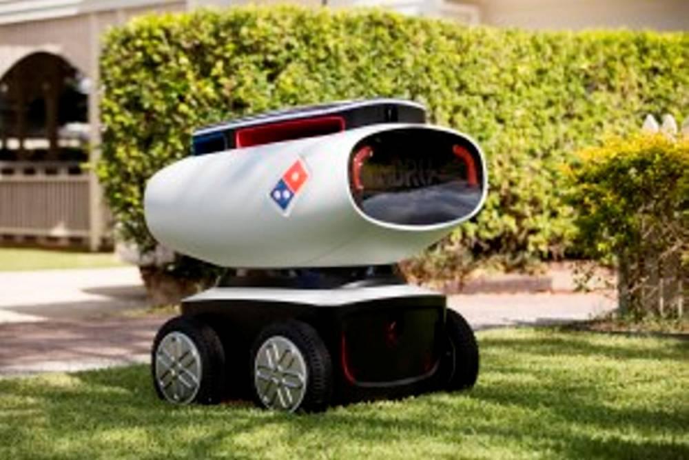 Le robot livreur développé par Domino's Pizza et testé en Allemagne © mike curtain photography mike curtain photography
