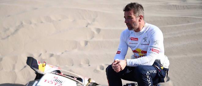 Sébastien Loeb ne gagnera pas encore le Dakar cette année. Le pilote français a dû abandonner dans la 5e spéciale du rallye disputée dans les dunes du Pérou.