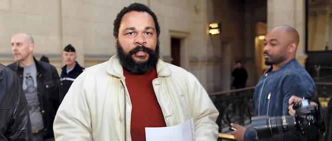 Dieudonné a écrit une lettre à Salah Abdeslam dans le cadre de la rédaction d'un livre, «Comment arrêter les attentats en France ?».